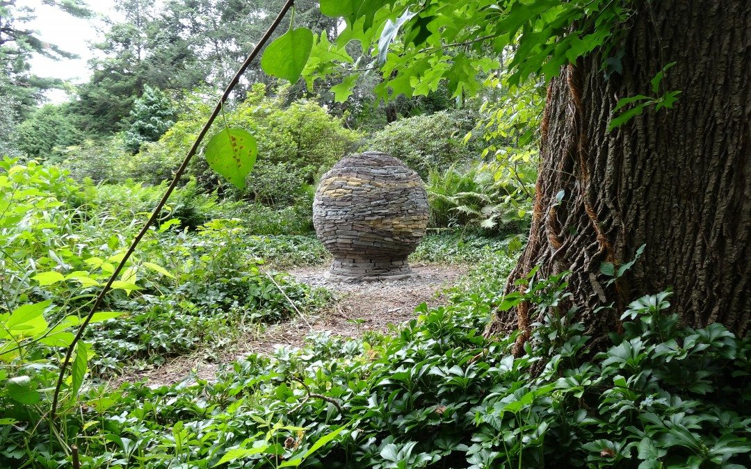 Building a Dry Stone Sphere
