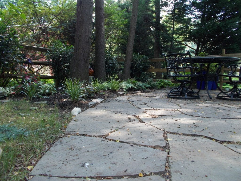 Natural flagstone landscaping contractor