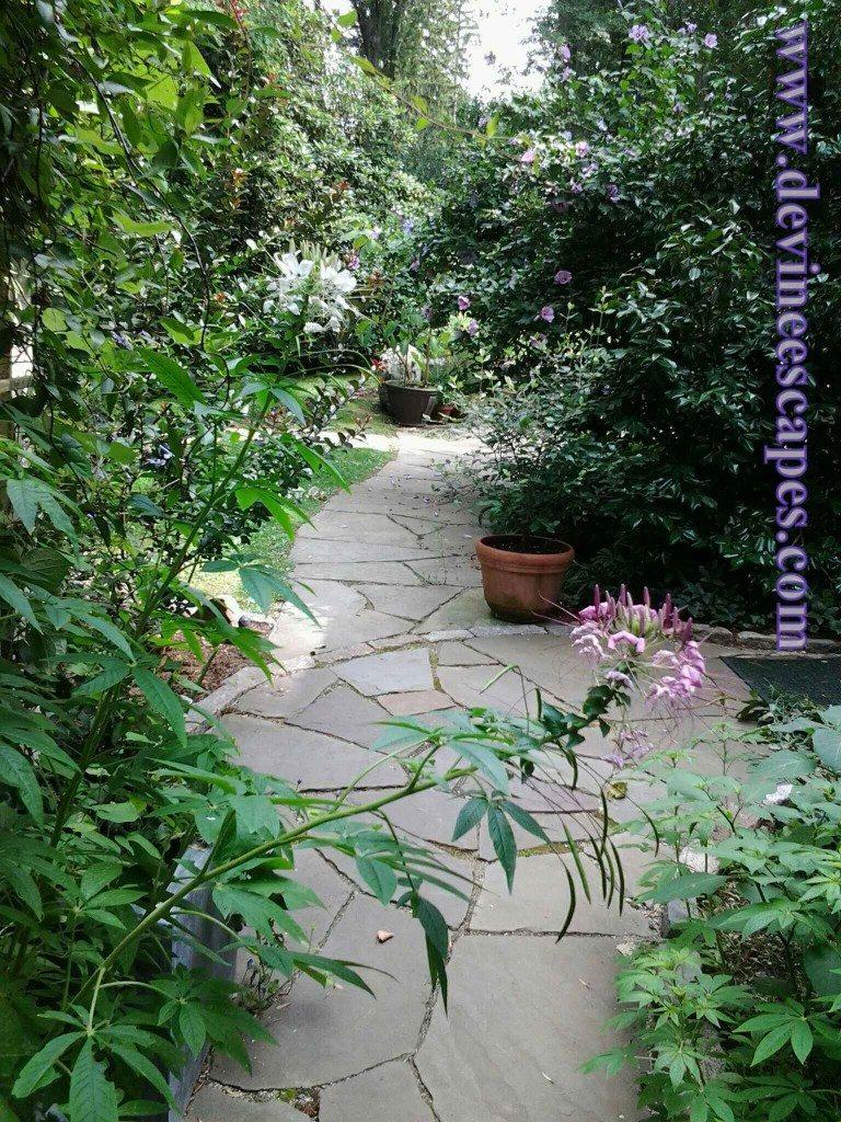 Devon Pa flagstone walkways