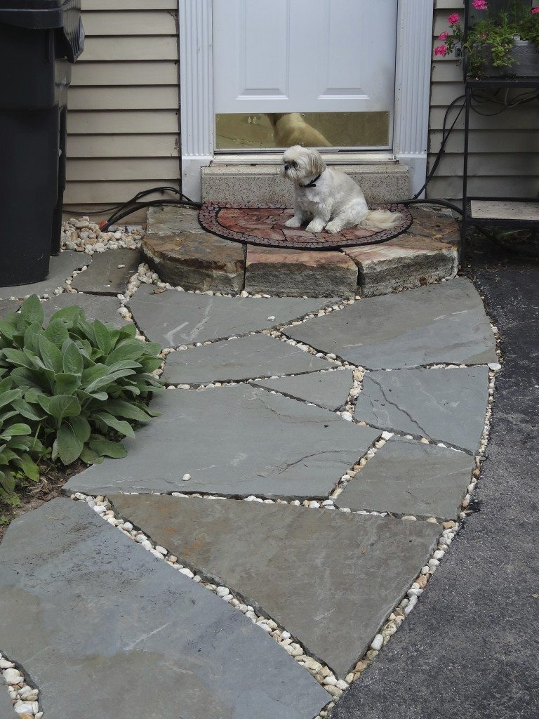 Filler For Stone Patio : Ask devin small pebbles for flagstone patio devine escapes